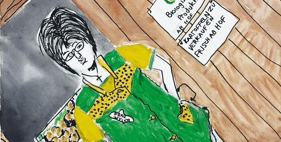 Eine Bäuerin in grüner Schürze, mit Brille und schwarzem Haar steht vor einem Verkaufsraum und bietet Bio-Gemüse an.