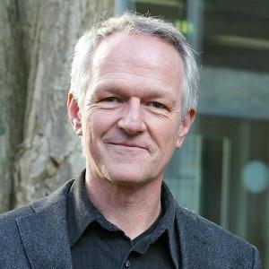Porträtfoto von Univ.-Prof. Dr. Markus Dederich